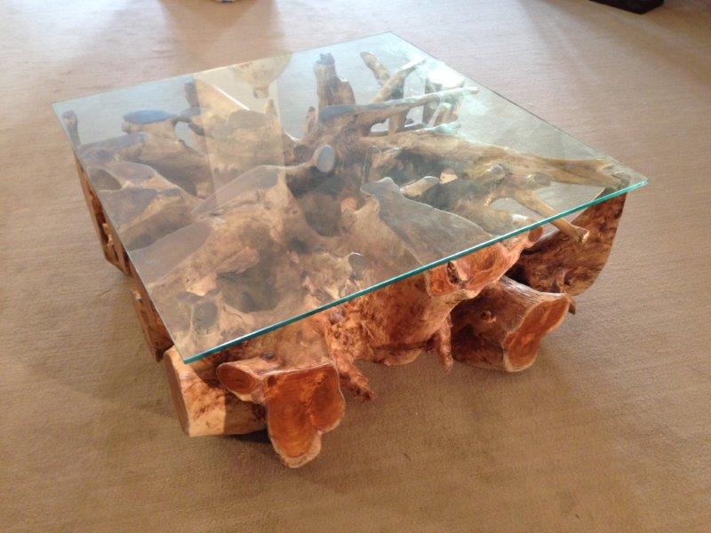 Wohnzimmertisch aus einer baumwurzel der tischonkel - Tisch baumscheibe ...