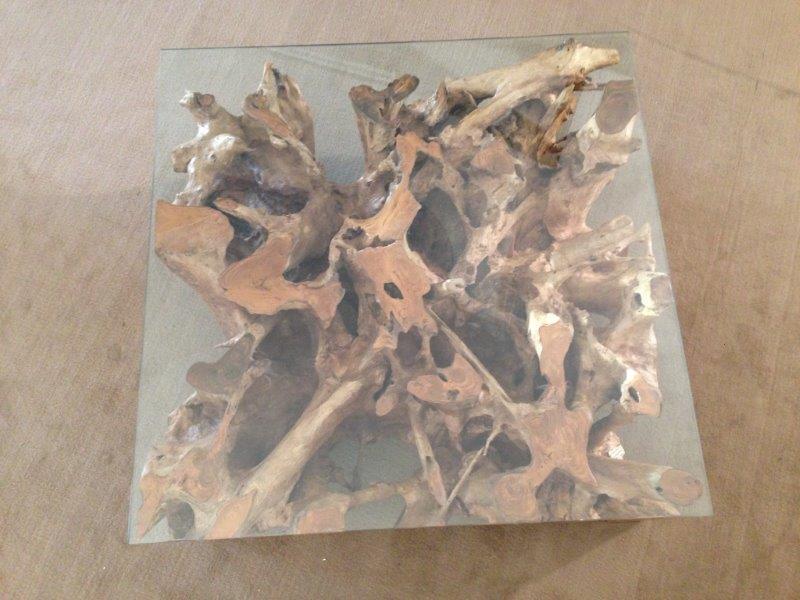 Couchtisch aus einer Baumwurzel  Der Tischonkel