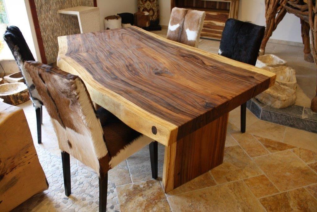 Tisch Tobago Esstisch Aus Einer Steinplatte Mit Einem Holzgestell