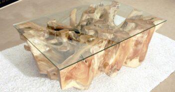 Tisch aus antiker Baumwurzel