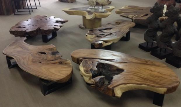 Tischplatten aus massivholz f r couchtische der tischonkel for Wohnzimmertisch baumstamm