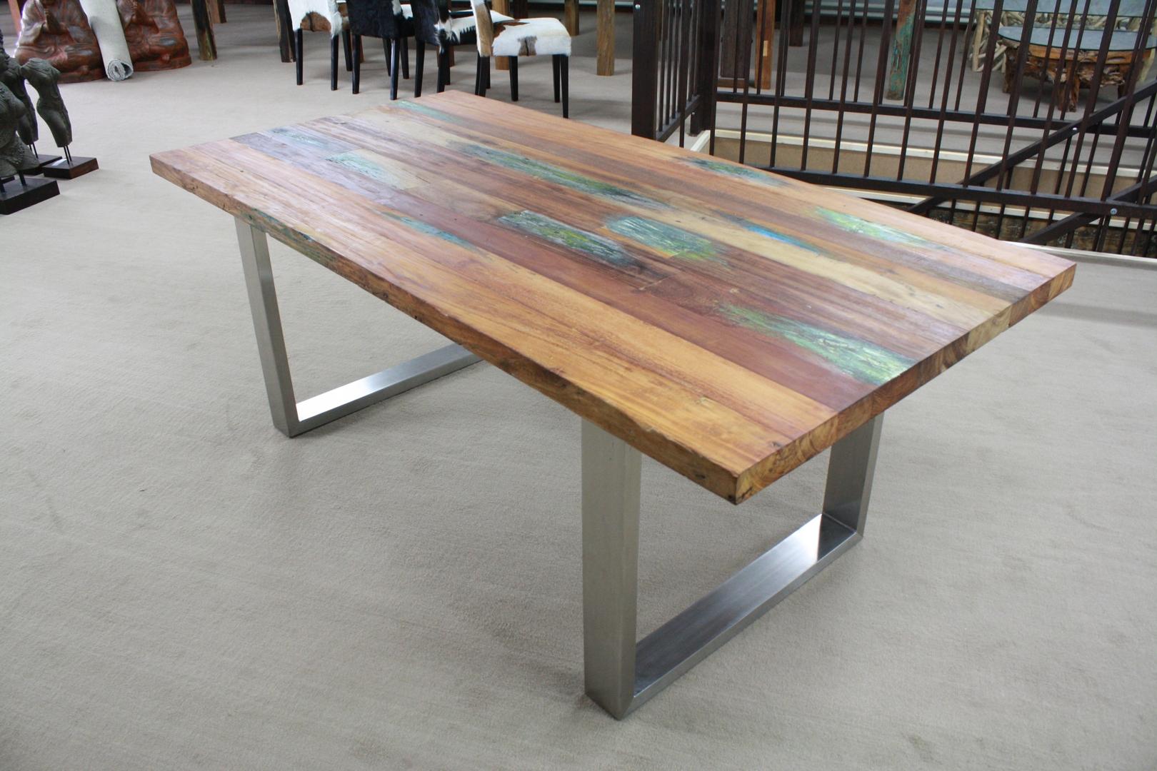 Tisch aus recyceltem holz der tischonkel for Tischplatte holz