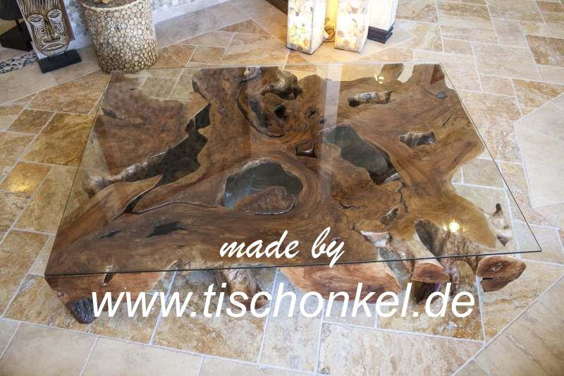 Couchtisch aus einer massiven Baumwurzel  Der Tischonkel