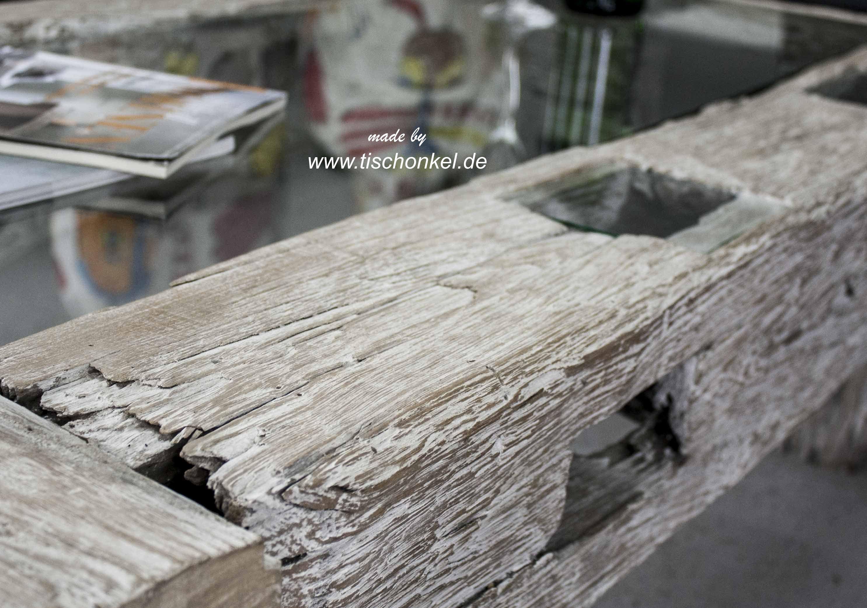 Couchtisch aus antikem Holz Joglo  Der Tischonkel  Der