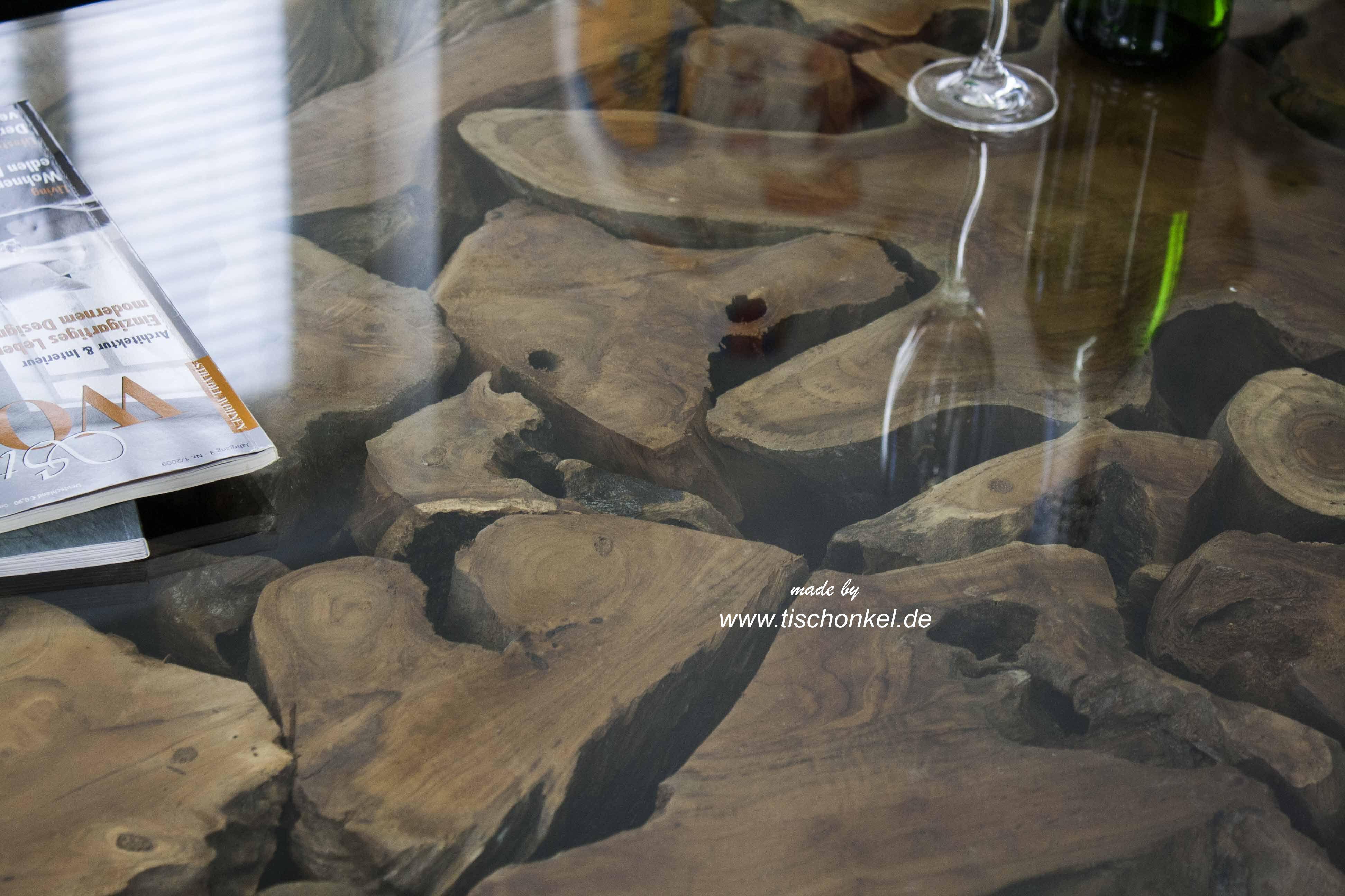 Couchtisch aus Altholz  Der Tischonkel