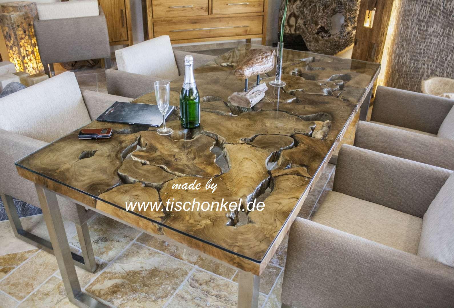 Design esstisch aus altholz mit edelstahlgestell der - Der tischonkel ...