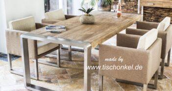 Esstisch aus recyceltem Holz