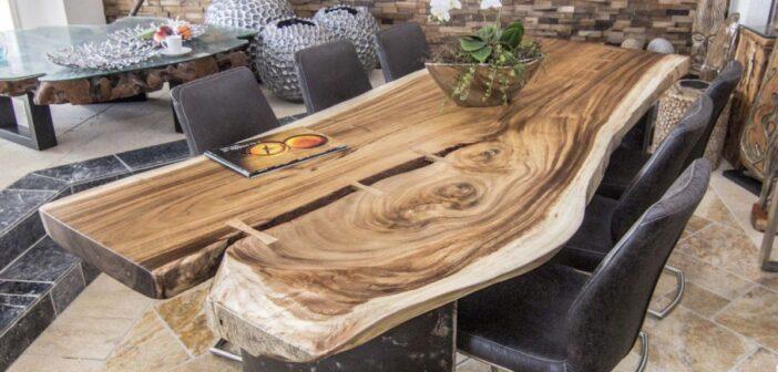 Esstisch massiv aus einer Baumscheibe Der Tischonkel