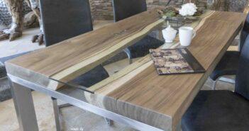 Esstisch mit Edelstahl Holz und Glas