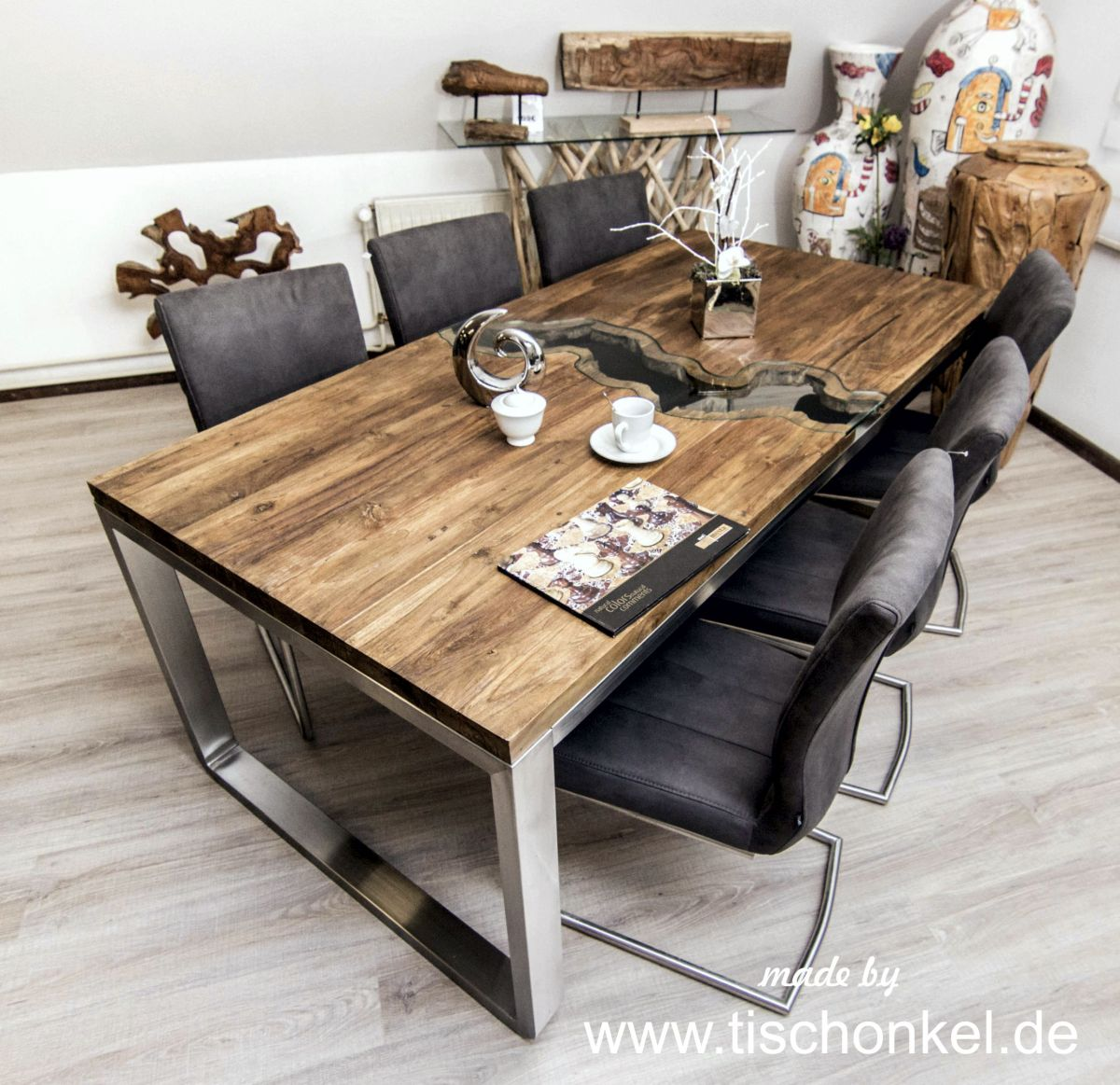 esstische aus altem holz der tischonkel. Black Bedroom Furniture Sets. Home Design Ideas