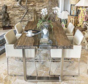 Designer Esstisch aus Holz