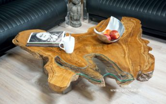 Couchtisch aus Massivholz