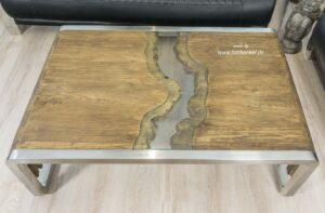 Edler Design Couchtisch aus recyceltem Holz