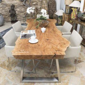 Holzbohlen Esstisch