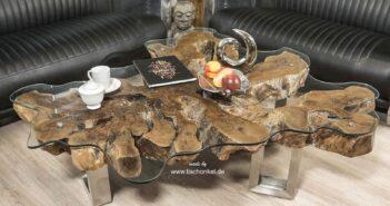 Rustikaler Couchtsich aus einer Baumwurzel