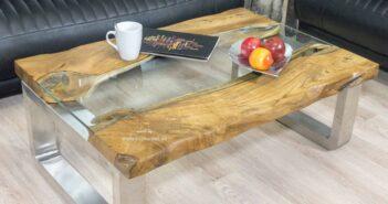 Moderner Couchtisch aus Holz