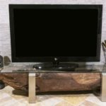 TV-Board aus Holz