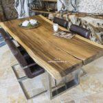 Exklusiver Baumstammtisch 200 cm mit Tischgestell aus Edelstahl