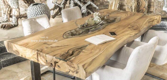Baumstamm Esstisch aus Suar mit Glas