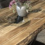 Massiver Echtholztisch online bestellen