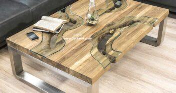 Wohnzimmertisch aus Holz mit Edelstahl
