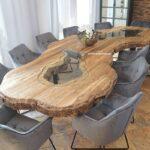 Konferenztisch für 12 Personen
