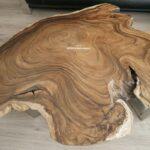 Baumstammtisch mit Baumkante