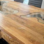 Beeindruckender Tisch