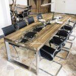 Toller Esstisch aus Altholz