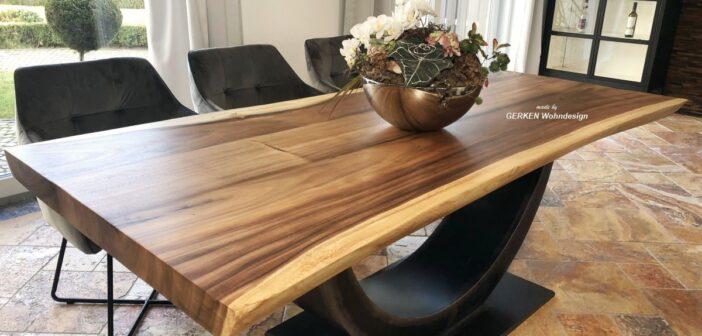 Esstisch mit gerader Baumkante