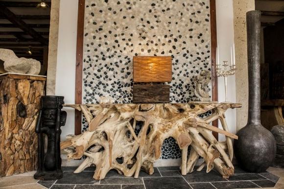 der tischonkel couchtische esstische und sideboards aus baumwurzeln. Black Bedroom Furniture Sets. Home Design Ideas